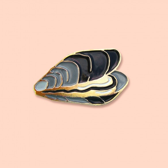 Mussel Pin