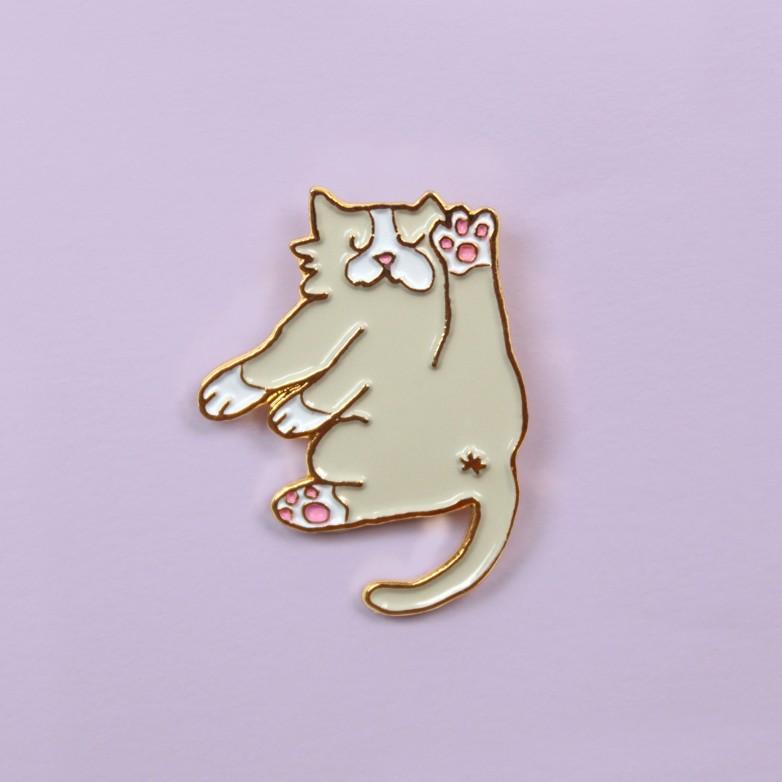 Flexible cat Pin
