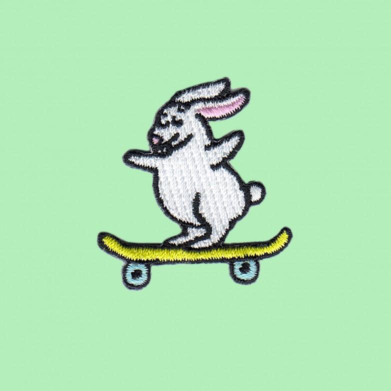 Ecusson Lapin Skateur